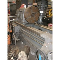 "TOS 33"" x 320""cc Engine Lathe Model SU80A  with 24"" 4-Jaw Chuck, (2) Steady Rests In Plant Under Power"