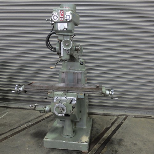 EXCELLO MODEL 602 VERTICAL MILLING MACHINE VARIABLE SPEED