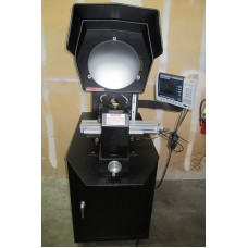 "SPI SWISS PRECISION INSTRUMENTS 14"" MASTER VIEW OPTICAL COMPARATOR WITH QUADRA-CHEK DISPLAY SURFACE ILLUMINATION ASSORTED LENSES IN EXCELLENT CONDITION"