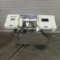 """VICTOR AUTO-10HSV VARIABLE SPEED AUTOMATIC HORIZONTAL BAND SAW 10"""" ROUND CAPACITY NEW IN 2007 WITH FEED TABLE"""