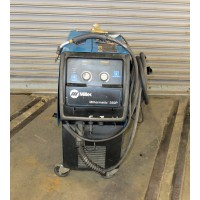 MILLER 350 AMP PULSATED MIG WELDER MODEL MILLERMATIC 350P WITH WIRE FEED